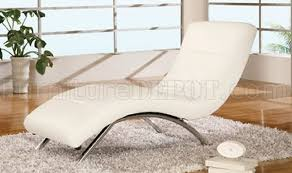 Contemporary Chaise Lounge White Leather Upholstery Contemporary Chaise Lounge