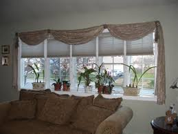 Window Treatment Ideas For Living Room Best 25 Bow Window Curtains Ideas On Pinterest Bow Window