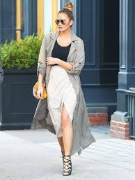 maternity style the 411 on chrissy teigen s maternity style from