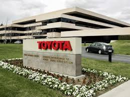 sales of toyota toyota posts record 17 9 billion profit business insider