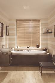 latte aluminium venetian blinds for your bathroom from hillarys
