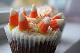 halloween cupcakes stuck in thyme