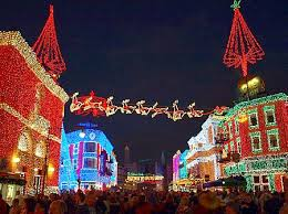 When Is Disney Decorated For Christmas This Year U0027s Christmas And Holiday Events At Disney Universal And