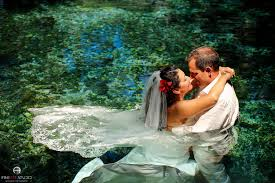 underwater trash the dress photography mexico fineart studio