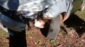 si es auto ubican un coche en co viera e investigan si es el auto que chocó