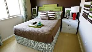 Decorating Ideas For Small Bedrooms by Small Bedroom With A Double Bed Decorating Ideas Youtube