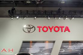 automotive toyota android auto toyota needs to jump on the bandwagon quick