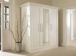 Closet Door Lock Bifold Closet Door Lock Benefits Of Using The Bifold Closet Door