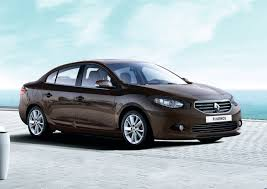 small renault renault fluence small sedan gets first facelift photos 1 of 7