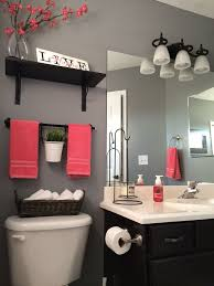 paint ideas for small bathroom best 25 small bathroom paint ideas on small bathroom
