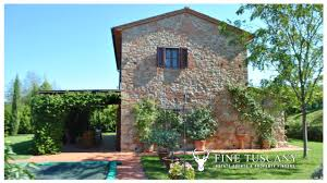 Tuscany House by Detached House With Annexe And Swimming Pool For Sale In Tuscany