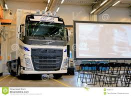 2014 volvo tractor for sale new volvo fh truck at volvo trucks and renault trucks roadshow