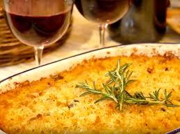 cuisine vin de file tartiflette et vin de savoie jpg wikimedia commons