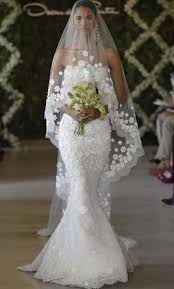 oscar de la renta lace wedding dress oscar de la renta 44e10 with veil 10 000 size 6 un