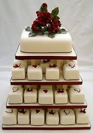 individual wedding cakes individual cakes 714 white sugar daisies individual cakes