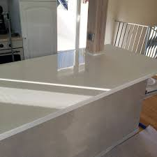 r駸ine plan de travail cuisine table resine epoxy fabulous resine epoxy pour etancheite with table