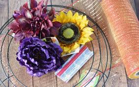 how to make wreaths how to make deco mesh wreaths step by step intructions