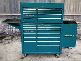 great little snap on handle roll cab with side locker garage