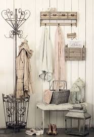 25 Shabby Chic Hallway And Entryway Décor Ideas Shelterness