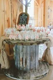 Rustic Shabby Chic Decor by Best 25 Shabby Chic Weddings Ideas On Pinterest Flowers For