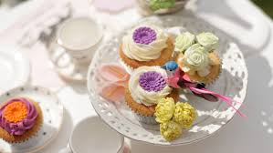 cupcake delivery cupcake delivery by yumm cupcakery savvy tokyo