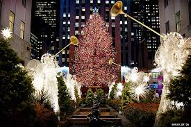 home alone 2 tree happy holidays from new york