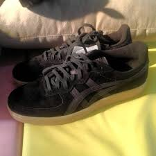 Jual Onitsuka Tiger Black whossneaker s items for sale on carousell