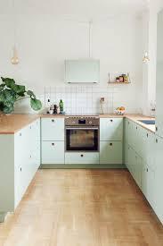 kitchen cabinet color ideas 10 fresh and pretty kitchen cabinet color ideas decoholic