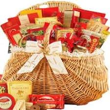 zingerman s gift basket nueske s smoked ham soup and bread gift basket with zingerman s