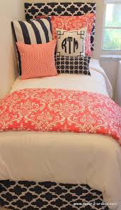 bedding set bedroom design ideas using round cream desk