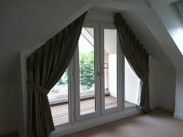 Curtain Inspiration Another Double Pleat Curtain For A Triangular Window Abby U0027s