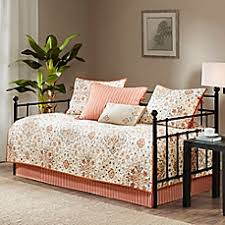 Day Bed Comforter Sets by Daybed Covers Daybed Quilts U0026 Bedding Sets Bed Bath U0026 Beyond