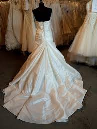 Wedding Dresses Edinburgh Enzoani Edinburgh 500 Size 16 Sample Wedding Dresses