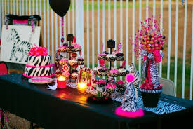 perfect halloween party decorating tips about inexpensive article