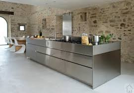 cuisine dans maison ancienne cuisine moderne dans maison ancienne maison design bahbe com