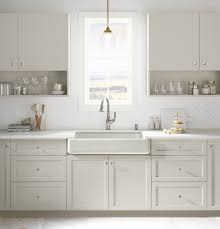 what to look for in a kitchen faucet finding a farmhouse kitchen faucet farmhouse made
