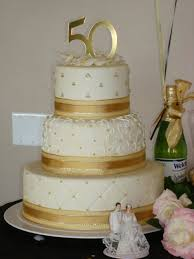 golden wedding cakes wedding cakes golden wedding cake decorating ideas golden