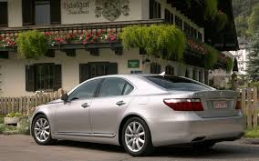 lexus es300 not charging at idle it u0027s official lexus recalling 139 000 vehicles to fix engine