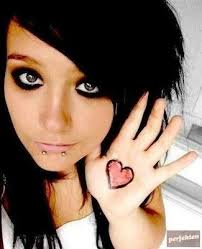 ulgobang emo heart tattoo designs for beautiful woman