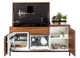 cuisine compacte maminicuisine rangements optimisés cuisine interior