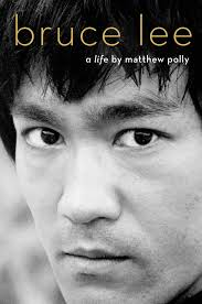 bruce lee biography film amazon com bruce lee a life 9781501187629 matthew polly books