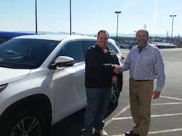 toyota dealer sales ross carter is thrilled with his brand new 2017 toyota highlander