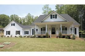 house plans with front and back porches relax on front and back porches hwbdo72449 country from