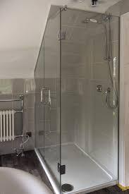 Bathroom Shower Door Seals How To Choose The Best Frameless Shower Enclosures Shower Door