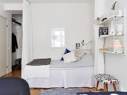 amenager chambre dans salon coin chambre dans le salon 40 idées pour l aménager une
