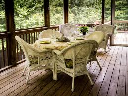 Patio Furniture Columbia Md by Keeping Your Deck Scratch Free North American Deck And Patio