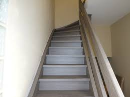 treppe streichen treppensanierung neue holztreppe grau bilder farben treppe