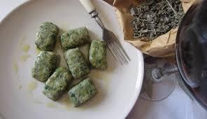 come cucinare l ortica gnocchi all ortica nutrienti e salutari mondo mangiare