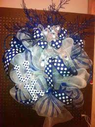 of kentucky wreath trendy tree decor