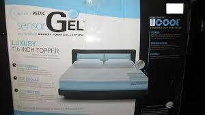 Beautyrest Gel Memory Foam Mattress Topper Amazon Com Sensorpedic Sensorgel 1 5 Inch Queen Memory Foam